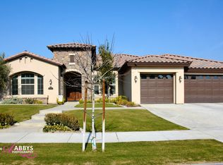 10908 Hartland St , Bakersfield CA