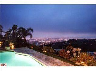 2413 Achilles Dr , Los Angeles CA