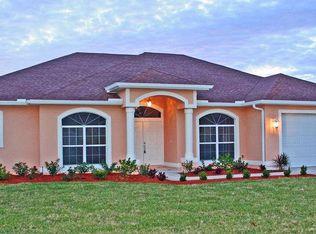 112 Riviera St , Lehigh Acres FL