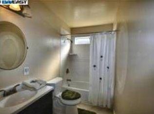 Th St Union City CA Zillow - Bathroom remodel union city ca