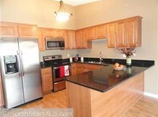 221 River Woods Ln , Burnsville MN