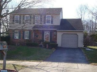 378 Cambridge Ln , Newtown PA