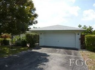 7003 Scarboro Dr , Fort Myers FL