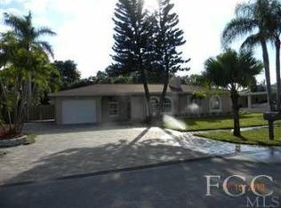 8327 Riviera Ave , Fort Myers FL