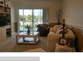 2121 NE 42nd Ct Apt 204C, Lighthouse Point FL