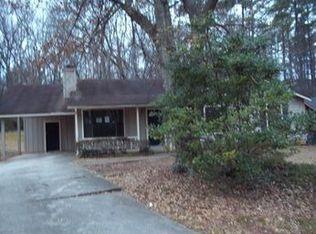 7827 Chase Woods Dr , Jonesboro GA