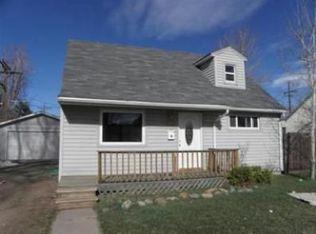 2565 S Grove St , Denver CO