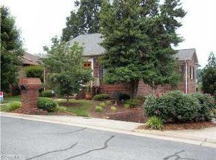3609 Cherry Hill Dr , Greensboro NC