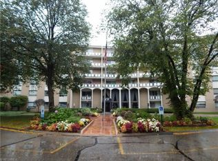3400 Wooster Rd Apt 309, Rocky River OH