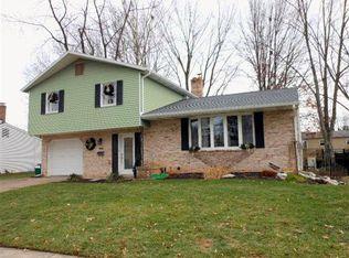 702 Charles St , Mechanicsburg PA