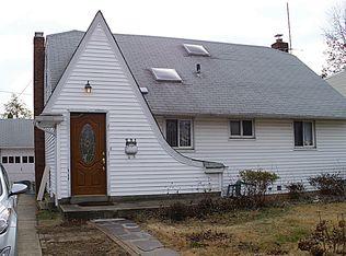 291 Plainview Rd , Hicksville NY