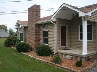 8 Village Park Dr , Fayetteville TN