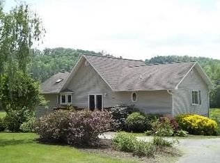 80 Forge Valley Dr , Mills River NC