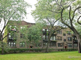 1132 W Farwell Ave Apt 1S, Chicago IL