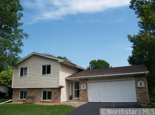 14410 40th Ave N , Plymouth MN