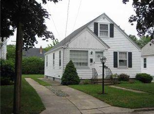 149 Overland Ave , Cranston RI