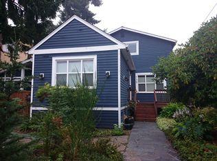 735 N 77th St , Seattle WA