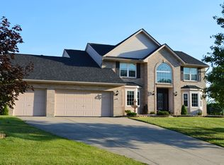 6528 Willow Bend Dr , Liberty Twp OH