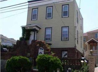 214 Clifton Ave , Staten Island NY