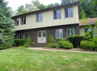 9 Columbia Dr , New Fairfield CT