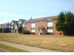 45 Weathervane Dr Apt 15, Washingtonville NY