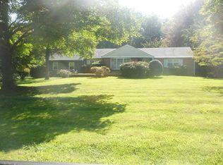 2740 Country Ln , Langhorne PA
