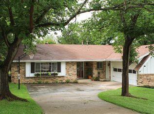 6932 Bal Lake Dr , Fort Worth TX