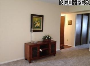 1105 Canyon View Rd Apt 605, Northfield OH