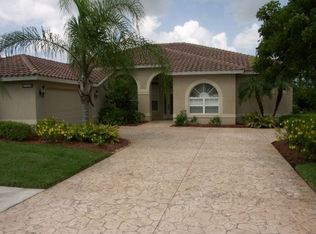 3829 Wax Myrtle Run , Naples FL