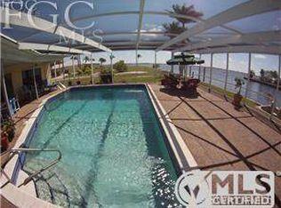 2218 SE 36th St , Cape Coral FL