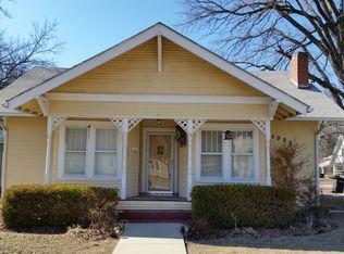 1027 Dearborn St , Augusta KS