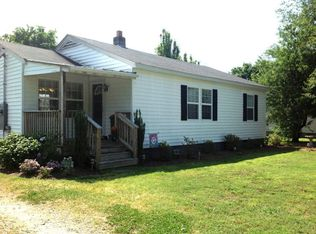 103 N King St , Whitakers NC