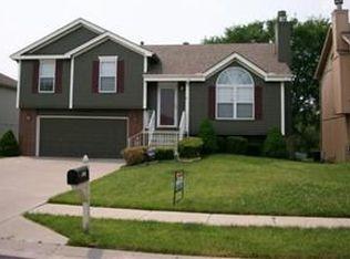 5227 NE 63rd St , Kansas City MO