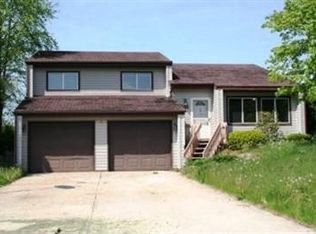 2551 SUNSWEPT CIR , VALPARAISO IN