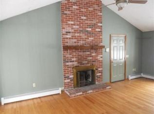 1521 Massachusetts Ave Lunenburg MA 01462