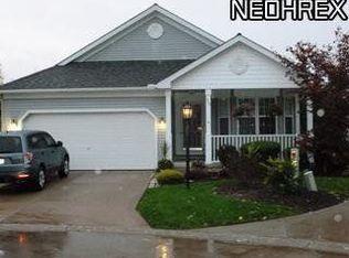 313 Bridgewater Ln , Northfield OH