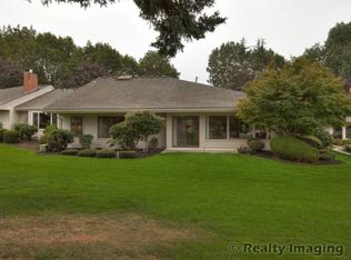 7395 SW Lake Bluff Ct , Wilsonville OR