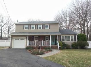 29 Christopher Ln , Colonia NJ