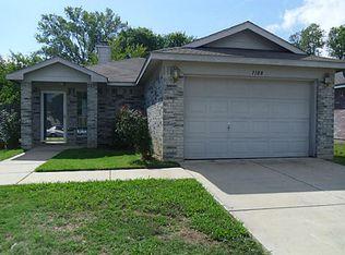 1108 Sandalwood Dr , Fort Worth TX