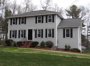 5 Currier Dr , Londonderry NH