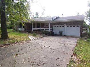 1801 N Applebury Pl , Fayetteville AR