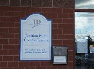 301 Harbour Town Dr Apt 218, Madison WI