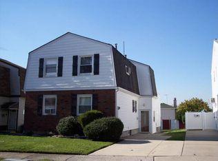 83 Stanley Cir , Staten Island NY