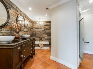 Rustic 3 4 Bathroom With High Ceiling Amp Terracotta Tile