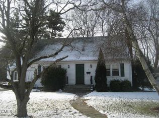 2 Gulfview Ct , Milford CT