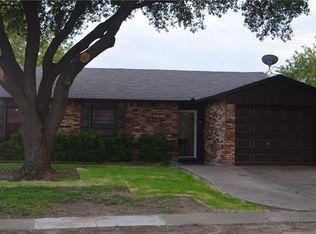 558 Hawthorne Dr , Allen TX