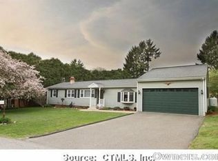 8 Howe Rd , New Milford CT