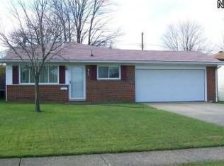 4704 Willow Ave , Lorain OH
