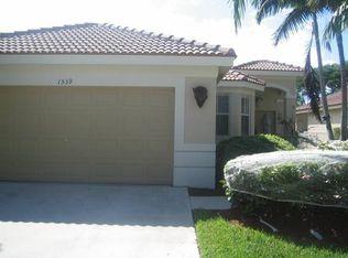 1539 Winterberry Ln , Weston FL