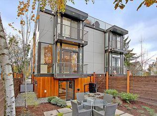 1809 N 36th St , Seattle WA